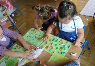 Malujemy naszymi paluszkami
