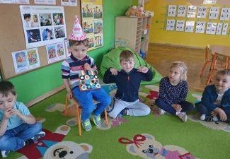 Urodzinki Dominiczki , Kacperka , Igorka i Zuzi.