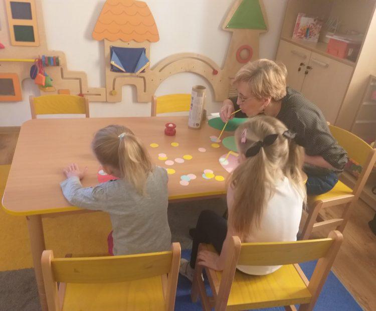 Zajęcia specjalistyczne oraz zajęcia realizowane w ramach pomocy psychologiczno-pedagogicznej.