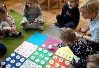 """Kolejne zadanie w Ogólnopolskim programie-""""Uczymy dzieci programować """"."""